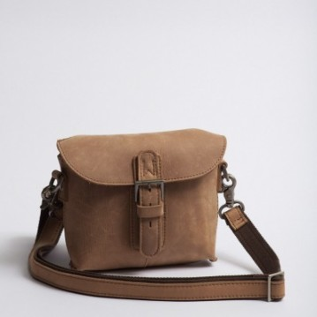 https://taskulitelegan.wordpress.com/casual-bag/cb06/